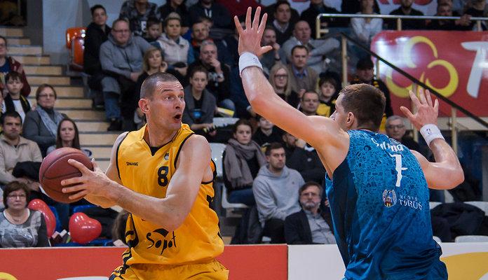 Filip Dylewicz ma już 40 lat i w nadchodzącym sezonie chce