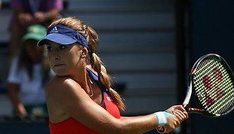 WTA Eastbourne: Krecz Karoliny Woźniackiej, Belinda Bencić rywalką Agnieszki Radwańskiej w finale