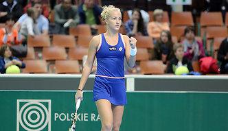 Cykl ITF: Paula Kania i Magda Linette wygrywają na trawie, Katarzyna Piter pokonana na mączce