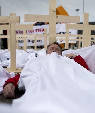 Przerażające informacje o mundialu w Katarze. Udało nam się wejść na budowę stadionu